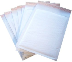 Padded postal envelopes 215x245mm